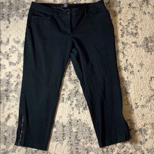 NY&Co Black Zipper Ankle Capri Work Pants
